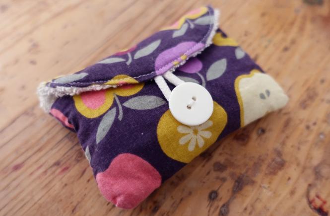 Zerowaste Seifentasche mit Frottee-Futter und Knopf